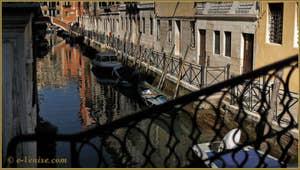 Vidéos du sestier du Castello à Venise.
