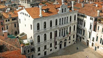 La vue depuis le Campanile de Santa Maria Formosa, dans le Sestier du Castello à Venise.