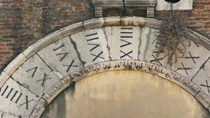 Le cadran de San Giacometo de Rialto, dans le sestier de San Polo à Venise.