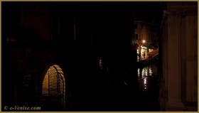 Le rio dei Miracoli avec, au fond, le campo Santa Maria Nova, dans le Sestier du Cannaregio à Venise.