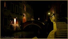Le pont del Paradiso avec, à sa droite, le pont dei Preti, l'un ne va pas sans l'autre ! Dans le Sestier du Castello à Venise
