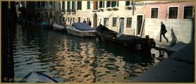 Jolis reflets sur le rio San Felice, le long de la Fondamenta du même nom, dans le Sestier du Cannaregio à Venise