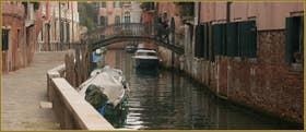 Le rio de Sant'Andrea également dénommé dei Gozzi ou encore dei Sartori, le long de la Fondamenta dei Sartori, dans le Sestier du Cannaregio à Venise