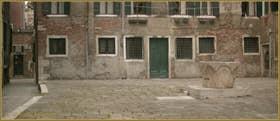 La Corte de le Candele et son puits, dans le Sestier du Cannaregio à Venise