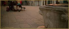 Le puits (XIV-XVe siècle) du Campo Ruga, dans le Sestier du Castello à Venise