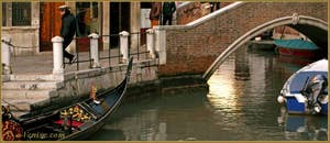 Le rio de la Madalena et le pont Sant' Antonio, dans le Sestier du Cannaregio à Venise.