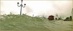 Acqua Alta Venise: Les vagues sur le Molo San Marco, dans le Sestier de Saint-Marc à Venise.