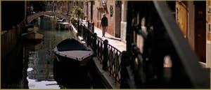 La Fondamenta et le pont de la Malvasia Vechia, le long du rio de San Maurizio, dans le Sestier de Saint-Marc à Venise.