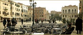 Le Campo Santo Stefano o Morosini, dans le Sestier de Saint-Marc à Venise.