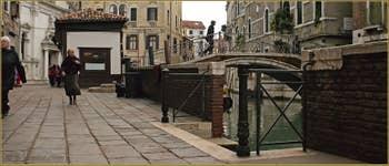 La Fondamenta dei Preti et le pont del Mondo Novo, dans le Sestier du Castello à Venise.