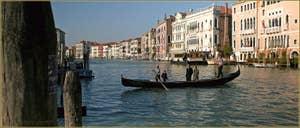 Le Traghetto de Santa Sofia, dans le Sestier du Cannaregio à Venise.