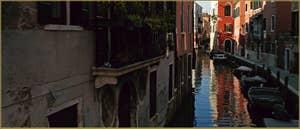 Le rio de Sant' Andrea et la Fondamenta dei Sartori, dans le Sestier du Cannaregio à Venise.