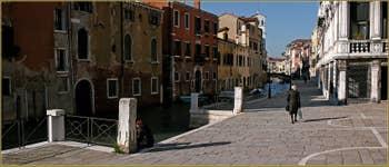 Le rio et la Fondamenta de la Misericordia, dans le Sestier du Cannaregio à Venise.