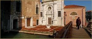 Le Campo de l'Abazia et l'église Santa Maria Valverde, dans le Sestier du Cannaregio à Venise.