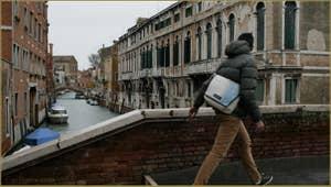 Le rio de Santa Caterina vu depuis le pont dei Gesuiti, dans le Sestier du Cannaregio à Venise.