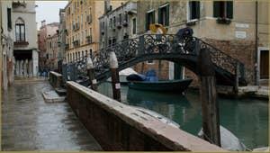 Le pont Priuli et la Fondamenta de le Veste o Priuli, dans le Sestier du Cannaregio à Venise.