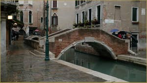 Le pont de Santa Maria Nova et la Fondamenta del Piovan, dans le Sestier du Cannaregio à Venise.