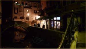 La Fondamenta del Piovan et le pont de Santa Maria Nova, dans le Sestier du Cannaregio à Venise.