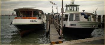 Vaporetti sur les Fondamente Nove, dans le Sestier du Cannaregio à Venise.