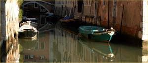 Le rio di San Boldo et le pont del Colombo, dans le Sestier de Santa Croce à Venise.