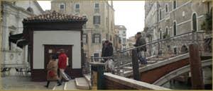 Le pont del Mondo Novo, dans le Sestier du Castello à Venise.
