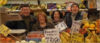 Lino, Margherita, Rosanna et Alex, Marchands de fruits Salizada San Canzian, dans le Sestier du Cannaregio à Venise.