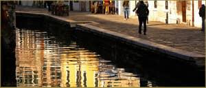 La Fondamenta et le rio de la Misericordia, dans le Sestier du Cannaregio à Venise.