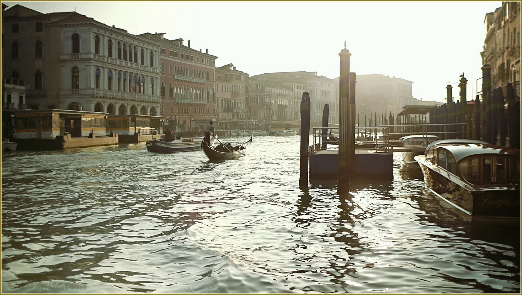 le pont du rialto sur le grand canal venise e. Black Bedroom Furniture Sets. Home Design Ideas