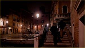 Le pont et le Campo Santa Maria Nova, dans le Sestier du Cannaregio à Venise.