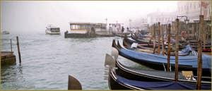 Gondoles Riva degli Schiavoni, dans le Sestier du Castello à Venise.