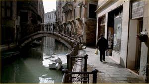 La Fondamenta Tetta et le pont Cavagnis, sur le rio de San Severo, dans le Sestier du Castello à Venise.