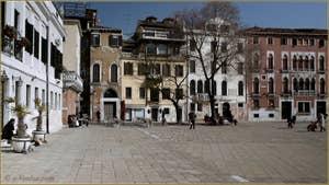 Le Campo San Polo à Venise.