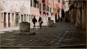 La Ruga Do Pozzi, dans le Sestier du Cannaregio à Venise.