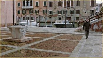 Le Campo de l'Abazia et son puits, dans le Sestier du Cannaregio à Venise.