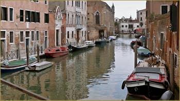 La Fondamenta de l'Abazia et le rio de la Sensa, dans le Sestier du Cannaregio à Venise.