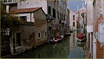Le rio Brazzo, dans le Sestier du Cannaregio à Venise.