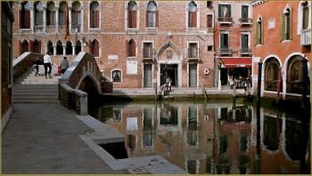 le rio del Malcanton et le beau pont de Ca' Marcello à Venise