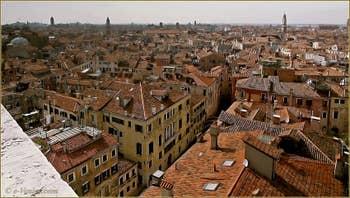 Venise vue du ciel depuis le Campanile de Santa Maria Formosa.