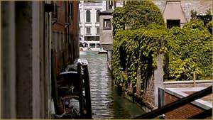 Le rio de Ca' Michiel, au fond le Grand Canal, dans le Sestier de Saint-Marc à Venise.