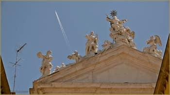 Détail de la façade de l'église Santa Maria Assunta dei Gesuiti, dans le Sestier du Cannaregio à Venise.