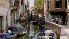 Le pont de Donna Onesta, la femme honnête, sur le rio de la Frescada - San Rocco, dans le Sestier de San Polo à Venise.