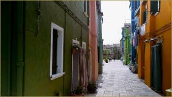 Les couleurs de l'île de Burano à Venise.
