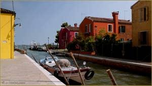 La Fondamenta Pescheria, le long du rio della Giudecca, sur l'île de Burano à Venise.
