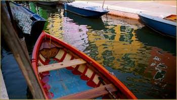 Reflets sur le rio de San Mauro - Cavanella, sur l'île de Burano à Venise.