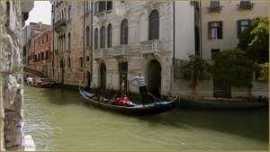 Gondole sur le rio del Pestrin - Paradiso, dans le Sestier du Castello à Venise.