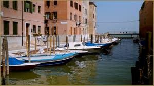 La Fondamenta Drio la Celestia, le long du bacinetto de la Celestia, également dénommé Riello del'Arsenale, dans le Sestier du Castello à Venise.