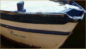 """""""Bee Ore"""" : en vénitien, on ne prononce généralement pas la lettre L, il faut donc lire """"Belle Ore"""", belles heures ! Un joli nom pour un bateau."""