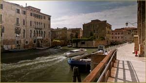 Le canal et la Fondamenta de la Misericordia, dans le Sestier du Cannaregio à Venise.