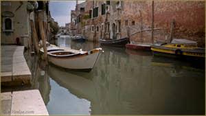 La Fondamenta dei Mori, le long du rio de la Sensa, dans le Sestier du Cannaregio à Venise.