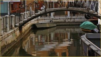Le rio et le campo de la Madalena, dans le Sestier du Cannaregio à Venise.